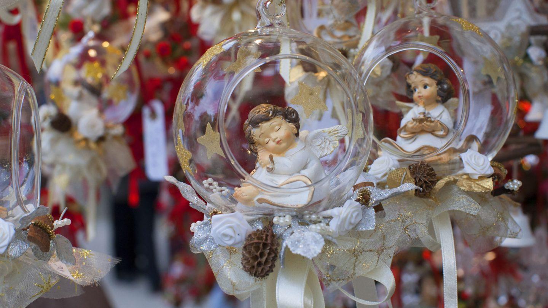 Como Decorar Una Zambomba De Navidad.Que Costumbres Son Tipicas Al Celebrar La Navidad En Espana