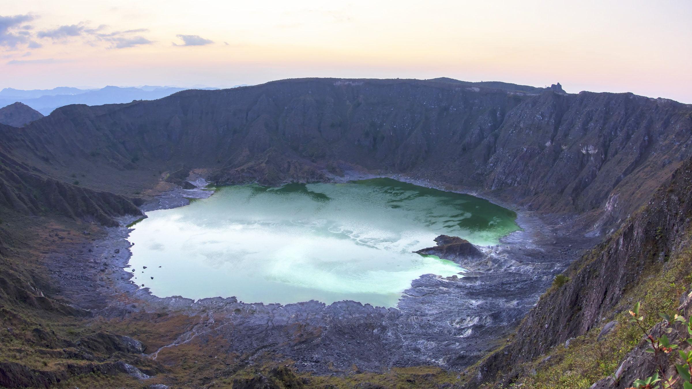 Vista del cráter del volcán Chichonal