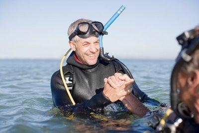 Cursos de submarinismo practicando