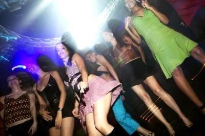 Discotecas en Valencia bailando