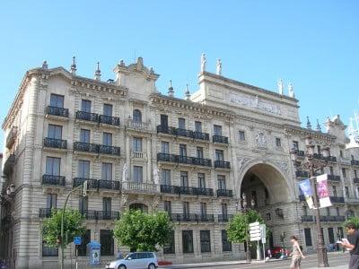 Banco santander santander for Banco santander sucursales barcelona
