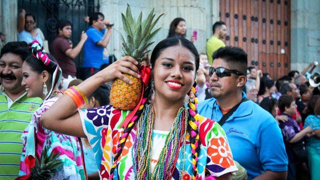 Los trajes regionales de Sierra Sur, Oaxaca
