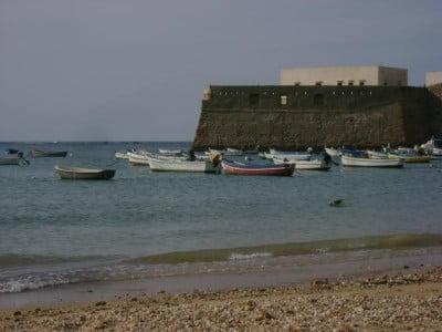 El Castillo, La Caleta