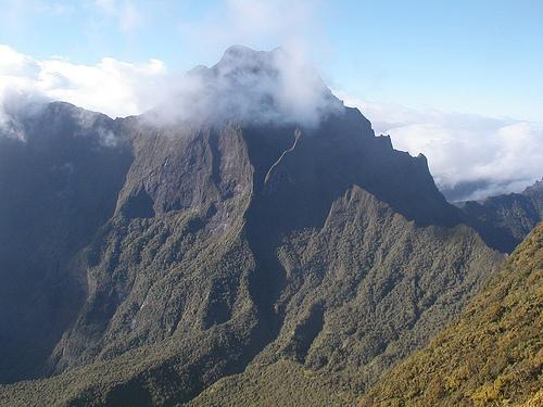 El Impresionante Monte Orohena