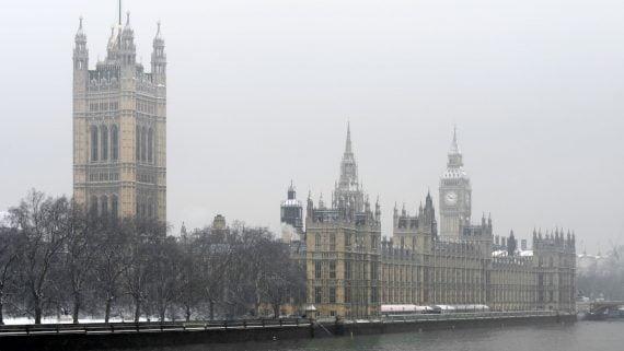 El Parlamento de Londres en invierno