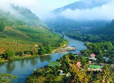 Fotografía del Pueblo de Thakhilek, Tailandia