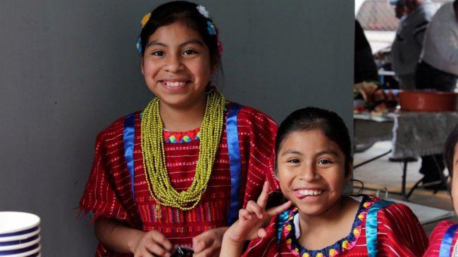 Mi Pueblo Ad >> Los trajes regionales de Sierra Sur, Oaxaca