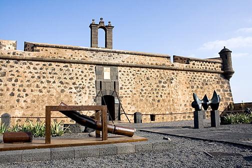 Entrada al Castillo de San José
