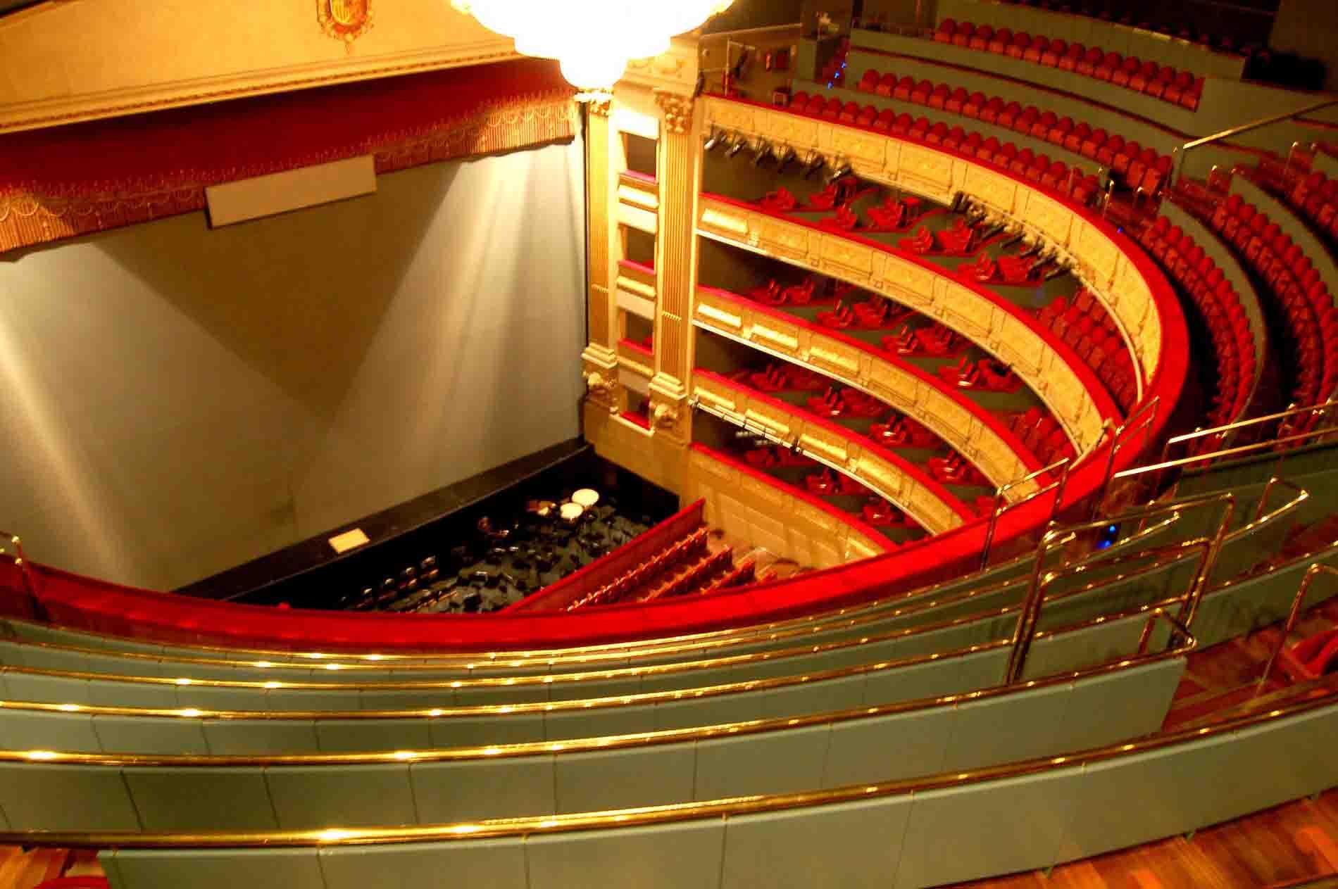 Escenario del Teatro Real de Madrid