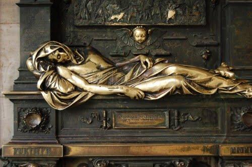 Estatua de Charles Everad