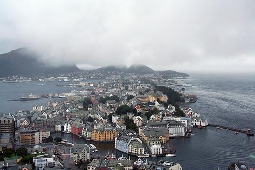 Foto de Alesund, Fiordos de Noruega