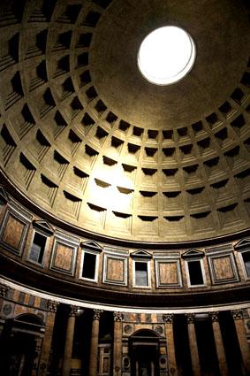 Recorrido por el Anfiteatro de Pompeya, Duelo de Gladiadores!