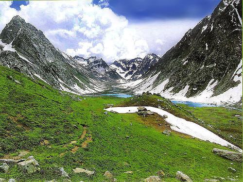 Foto del lago Kandol, Trekking