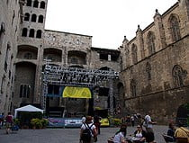 Fotografias Plaza del Rey en Barcelona