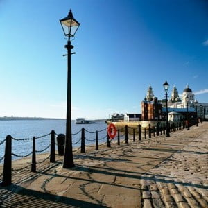 Fotos de Liverpool Boardwalk Mersey en la costa