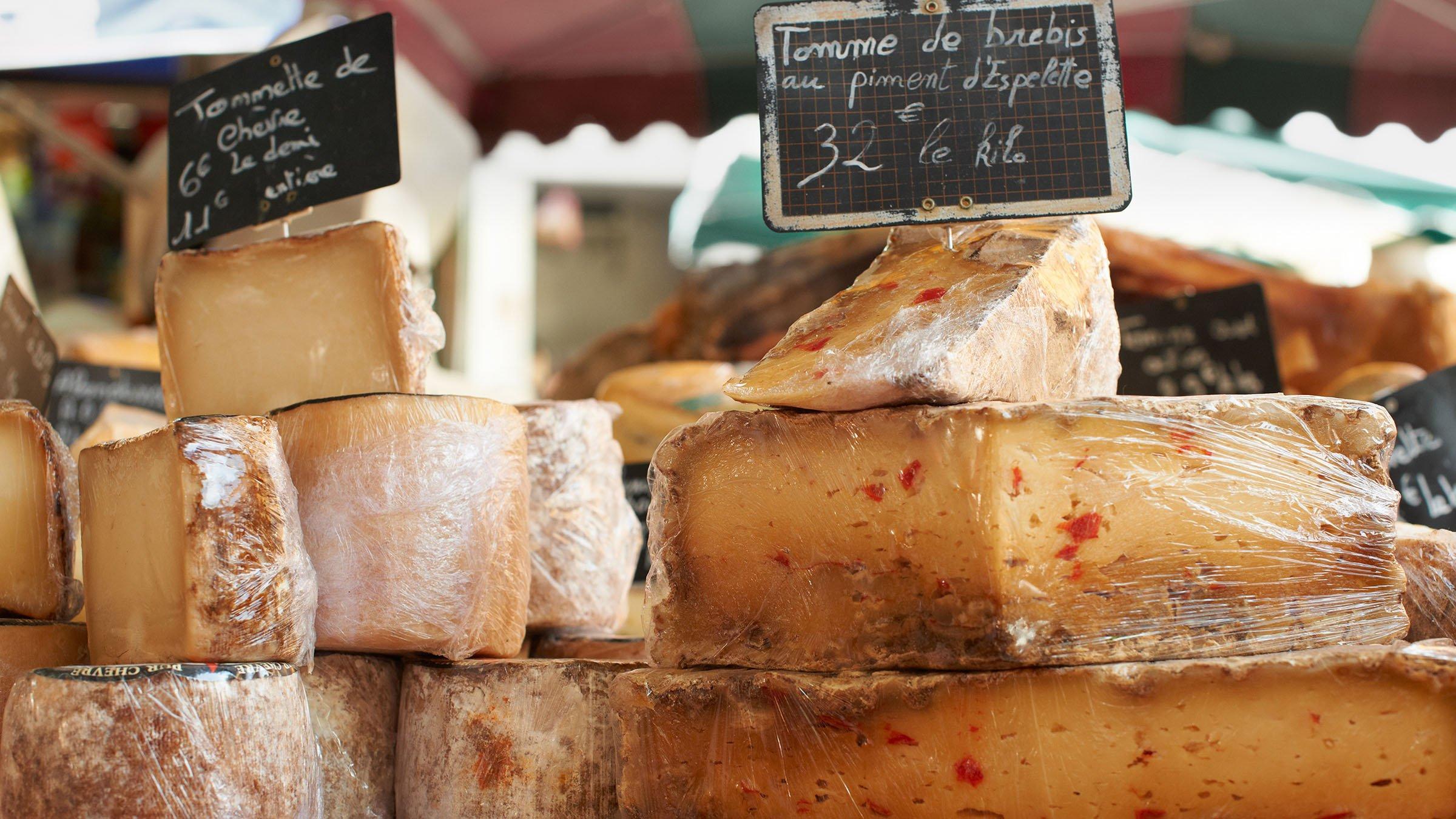 Los quesos t picos de francia for Tipico de francia