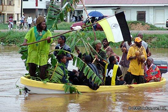 garifuna-boat-arrival