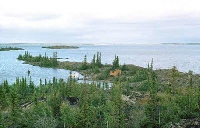 gran-lago-del-esclavo-canada