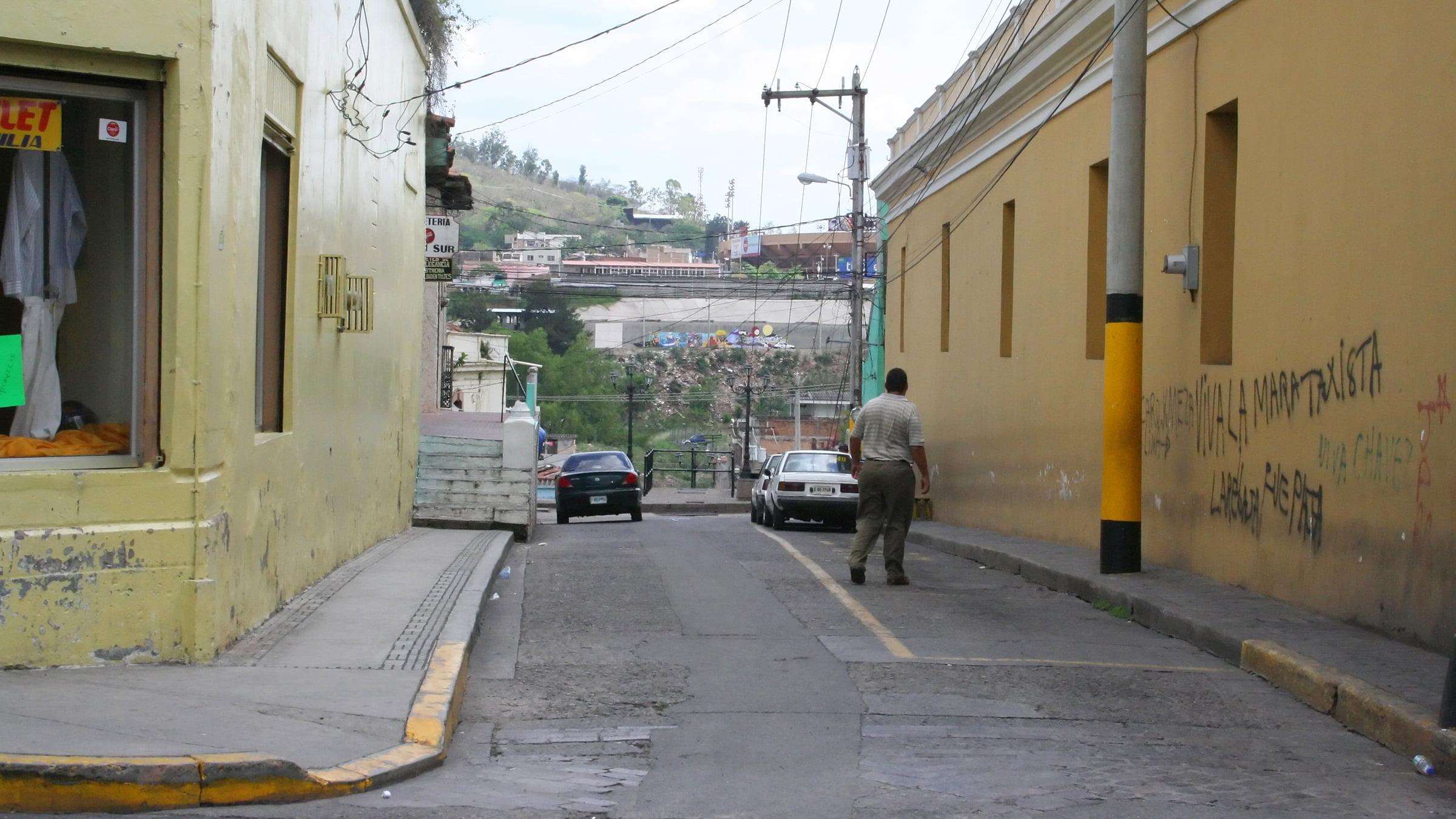 http://www.viajejet.com/wp-content/viajes/honduras.jpg