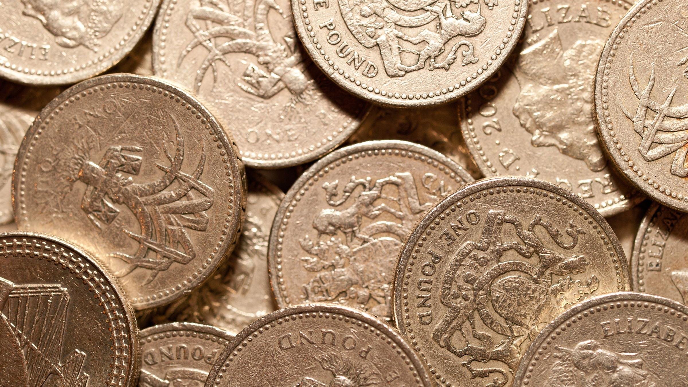 Inglaterra y su economía monedas