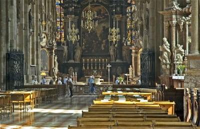 Interior de Catedral San Esteban