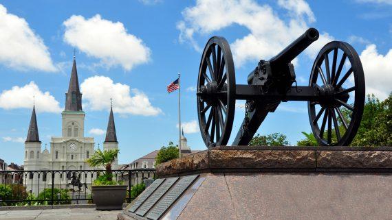 Jackson Square y Catedral de San Luis en Nueva Orleans