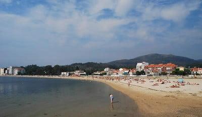 la Playa de la Concha y Compostela