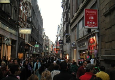 la-calle-comercial