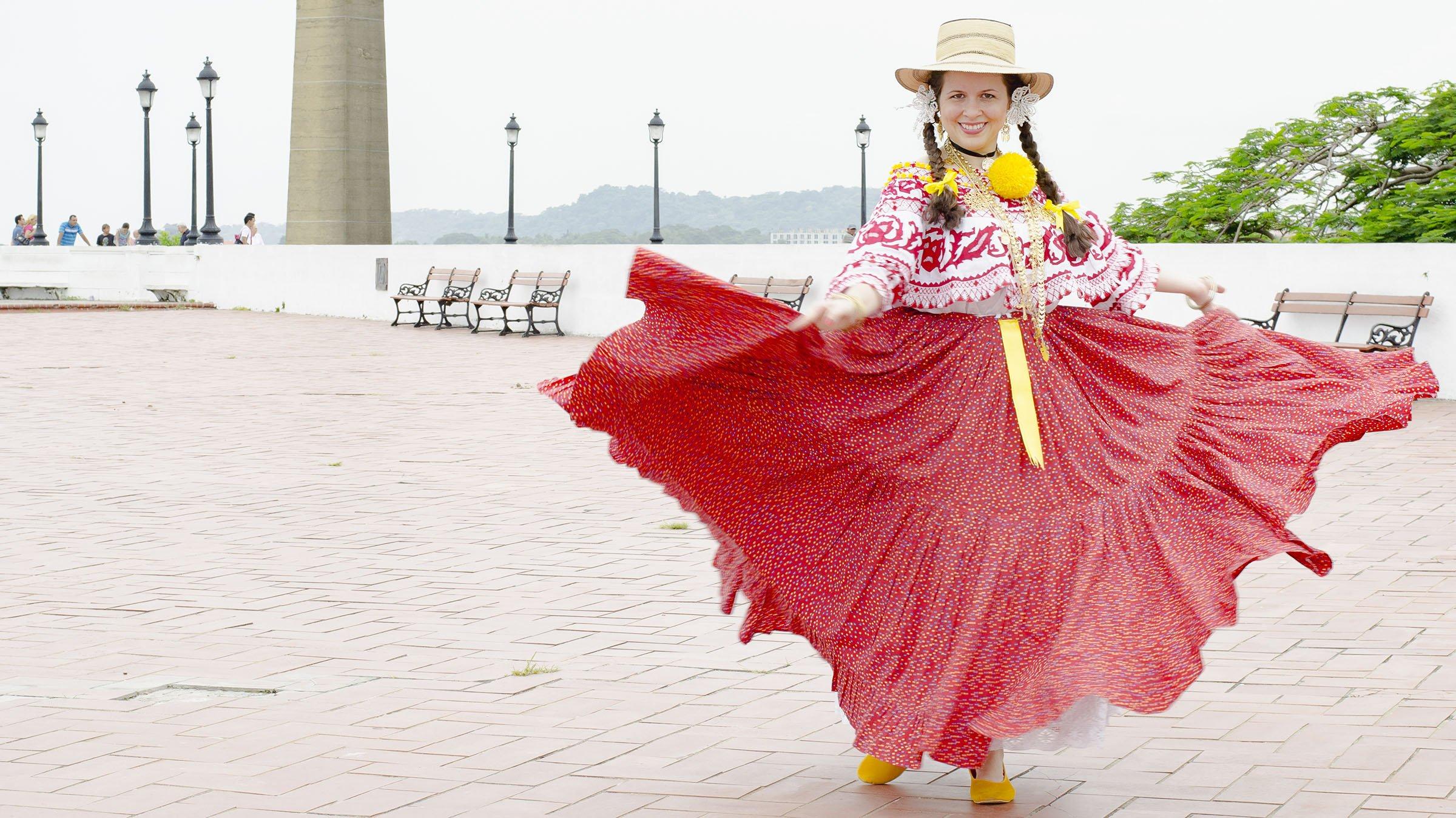 La pollera panameña: el vestido utilizado para bailar