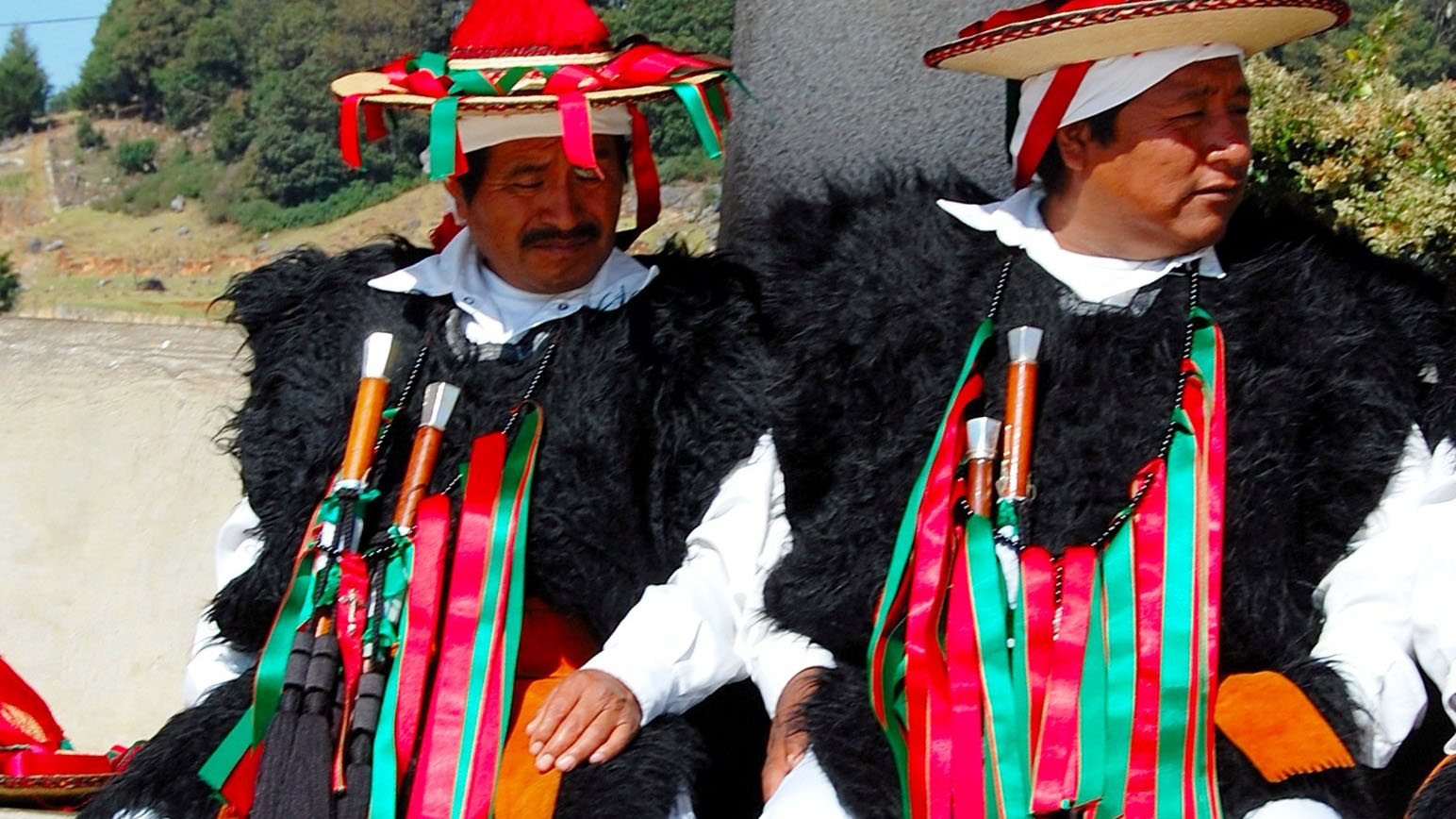 La Vestimenta Tradicional Masculina De San Juan Chamula Chiapas