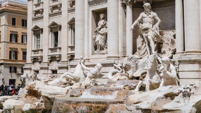 Las asombrosas esculturas de la Fontana di Trevi, Roma