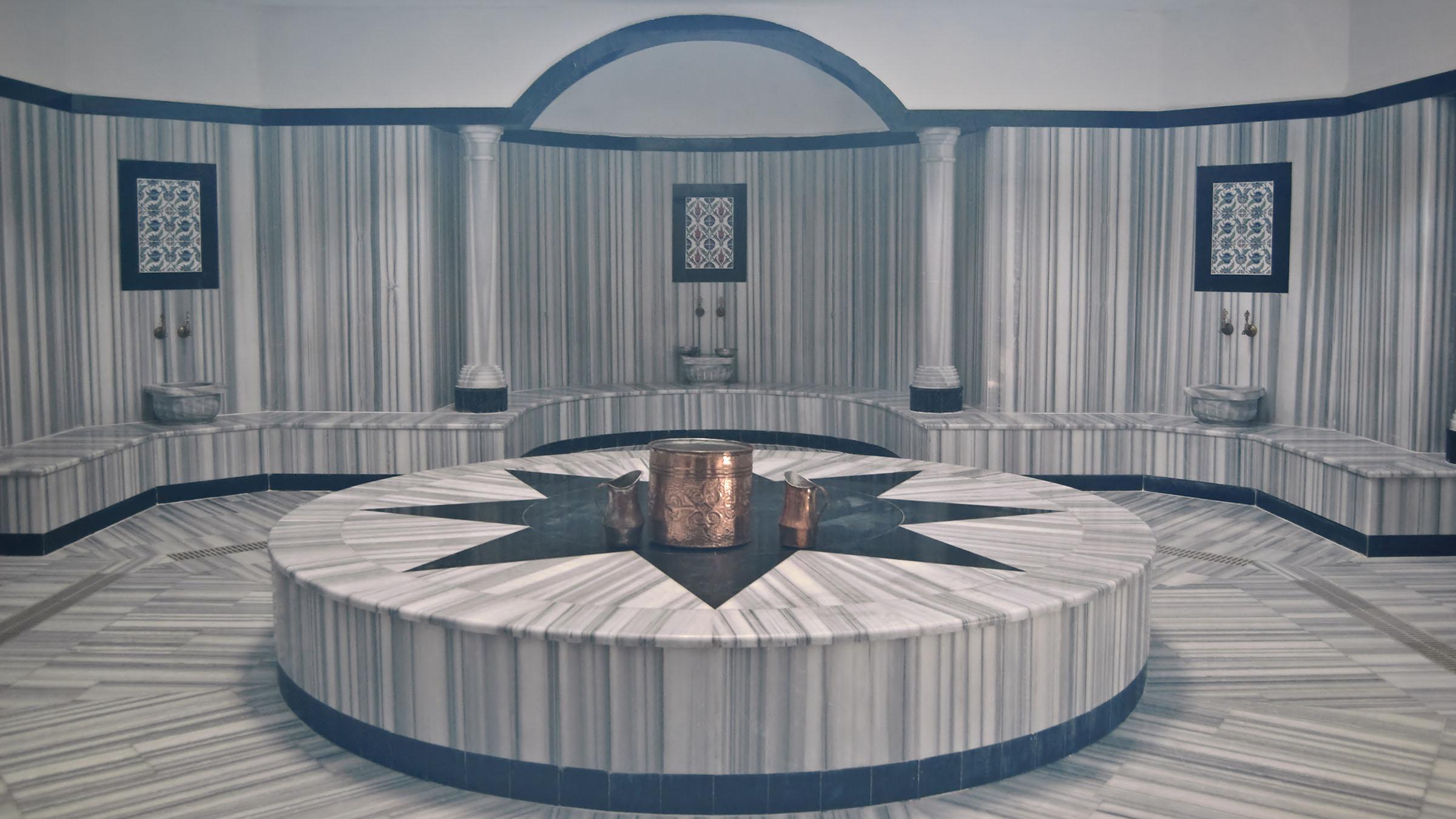 Las particularidades de un ba o turco - Sauna finlandesa o bano turco ...