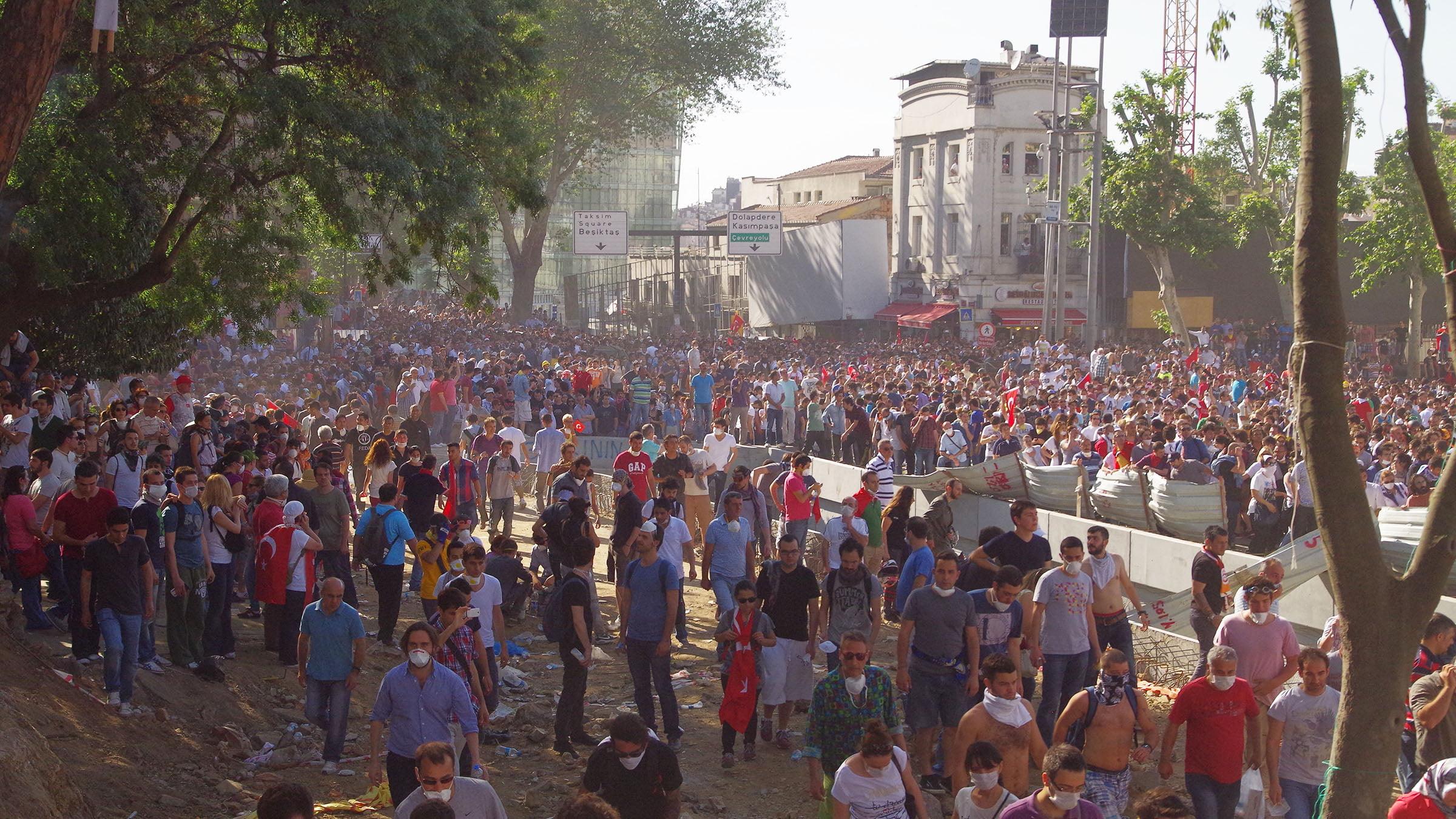 from Dash protestas gay en barcelona milk