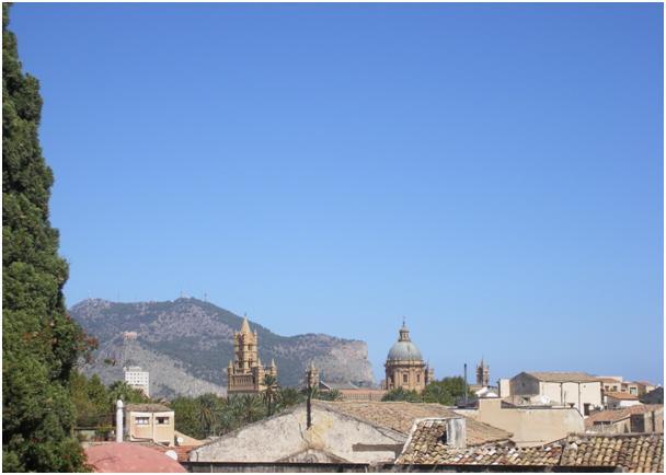Las Torres de la Catedral y del Palacio Arzobispal