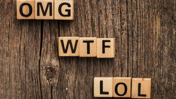 Lenguaje de los mensajes de texto en el Reino Unido