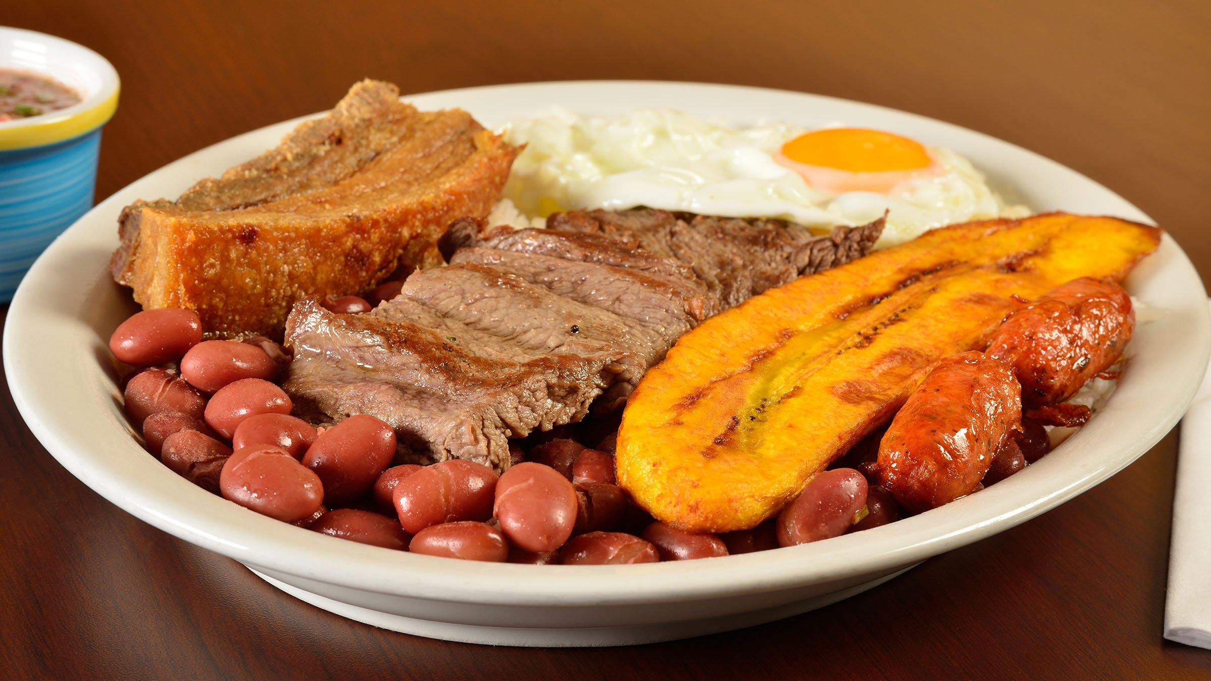 Los ingredientes de la bandeja paisa for Ingredientes para comida
