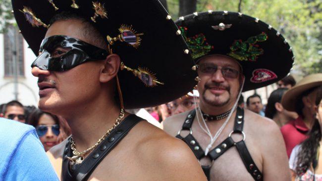 LGBTTTI Pride-ren martxa historikoa Mexiko Hiria