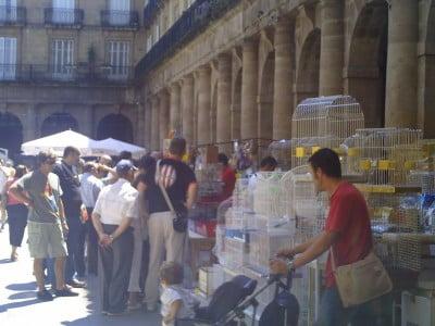 Mercado en la Plaza Nueva de Bilbao
