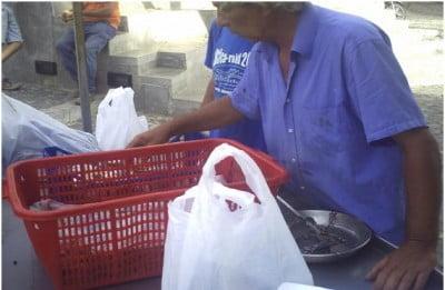 Mercado en la calle en la Isla de Utisca