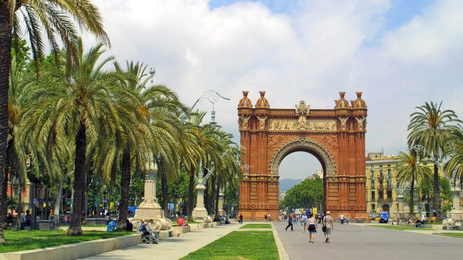 凱旋門、バルセロナの記念碑