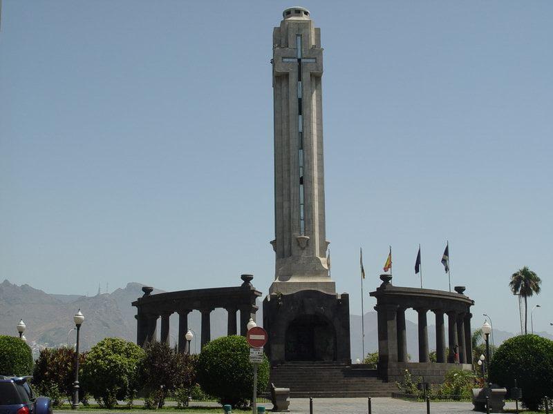 Monumento en Plaza de España