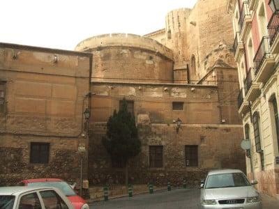 Muralla de la fortaleza-Catedral