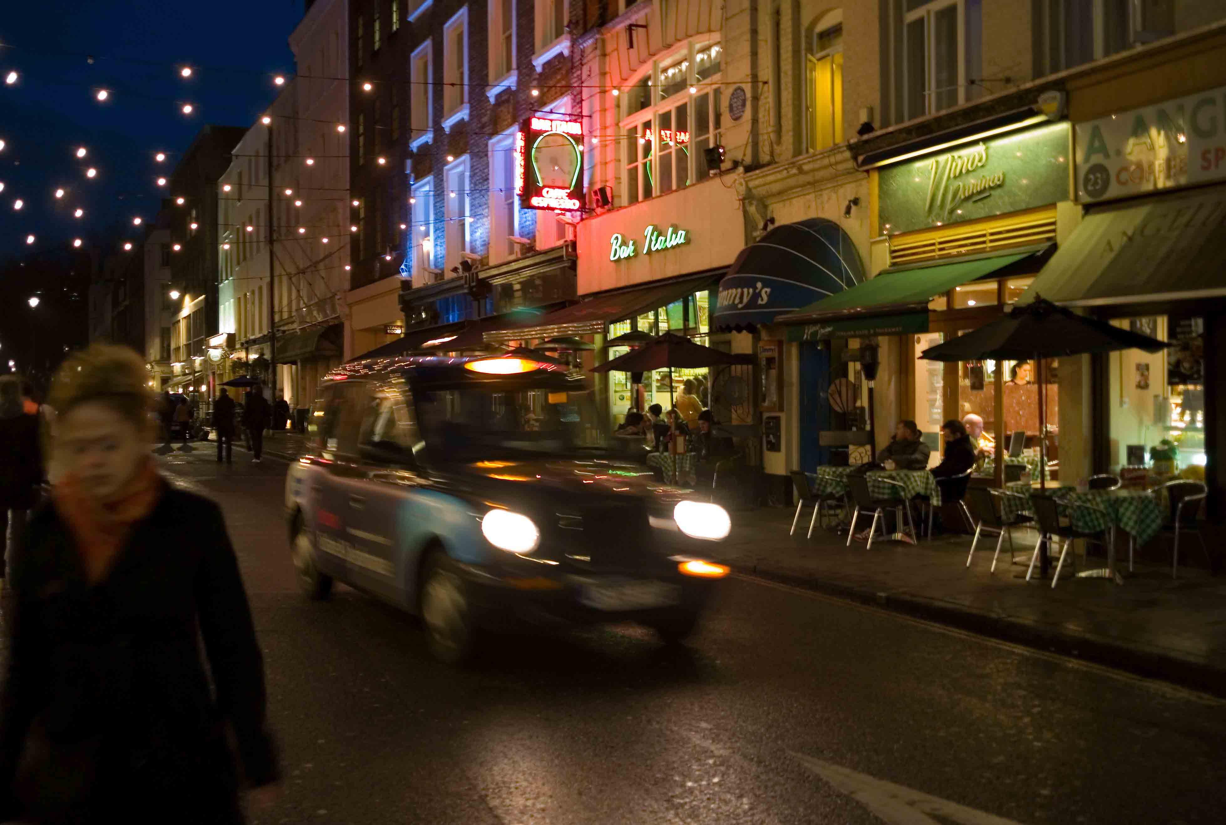 Noche en el Soho de Londres