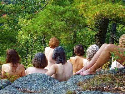 Nudistas