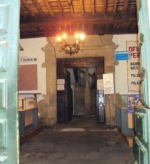 Oficina del peregrino santiago for Oficina de turismo santiago de compostela