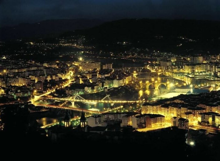 Ourense nocturna