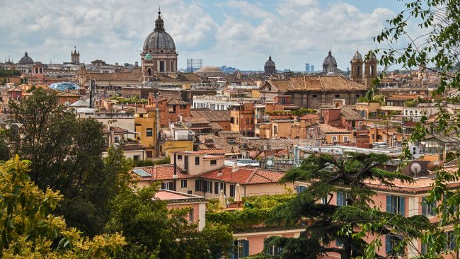 Paisaje de un barrio de viviendas típicas de Roma