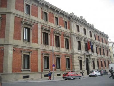 Parlamento en Pamplona