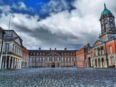 Patio de Castillo de Dublín