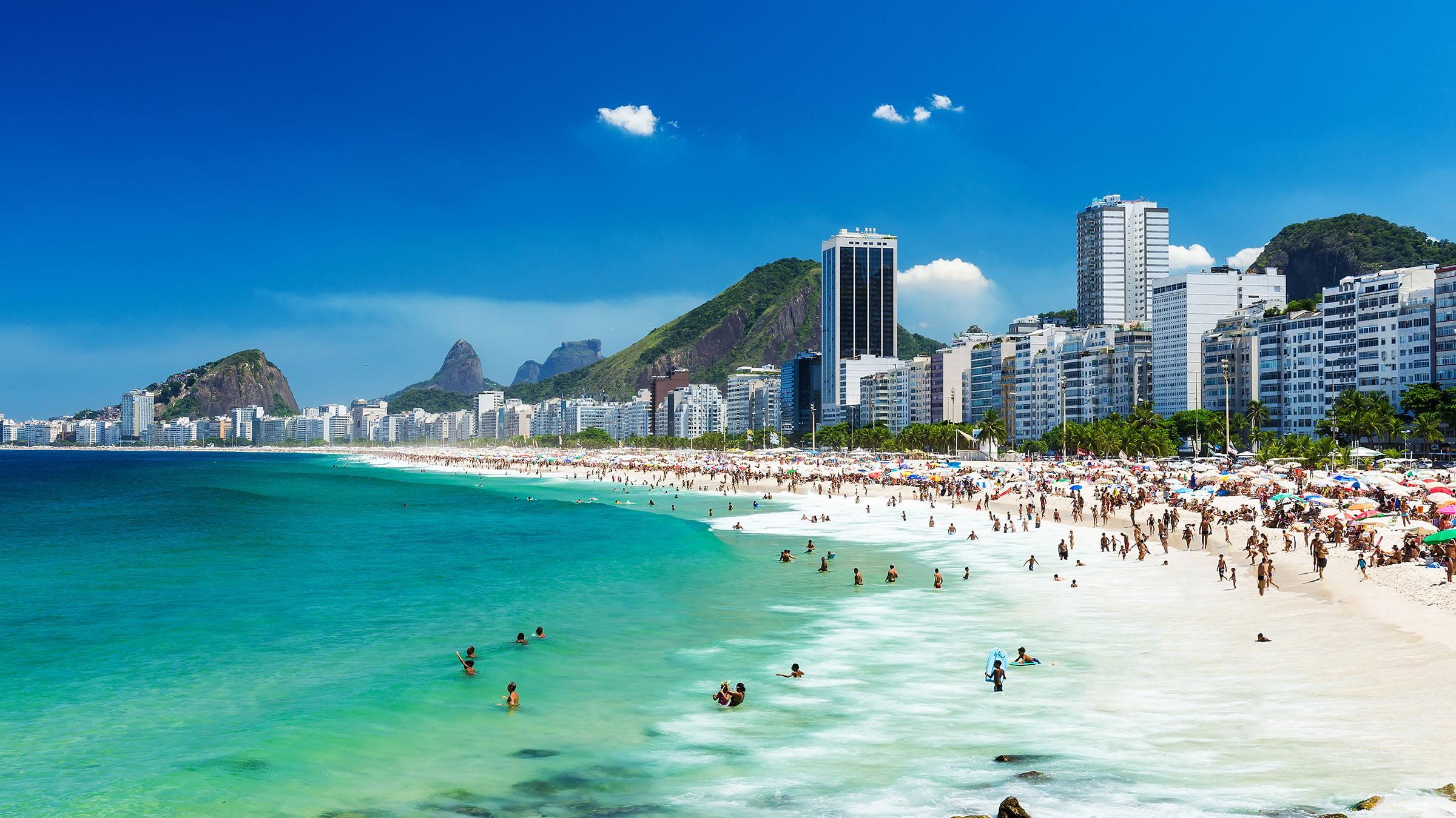Resultado de imagen para playa copacabana rio de janeiro